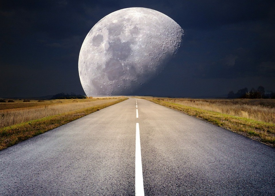 Mercury Retrograde in Sagittarius and the Full, Super Moon – Could less be more?