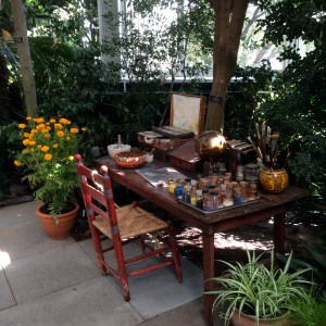 Frida's garden workspace