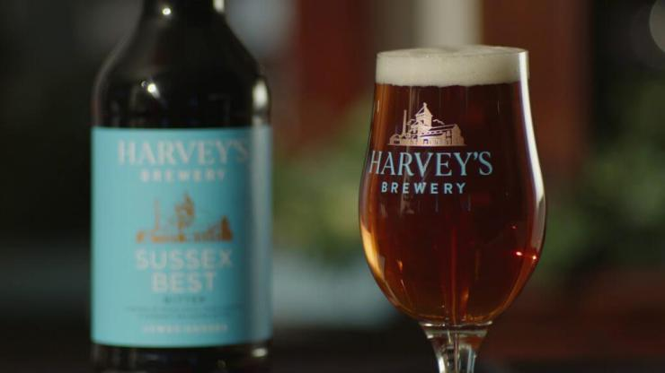 Harveys Sussex Best Bitter served at The Retreat, Reading