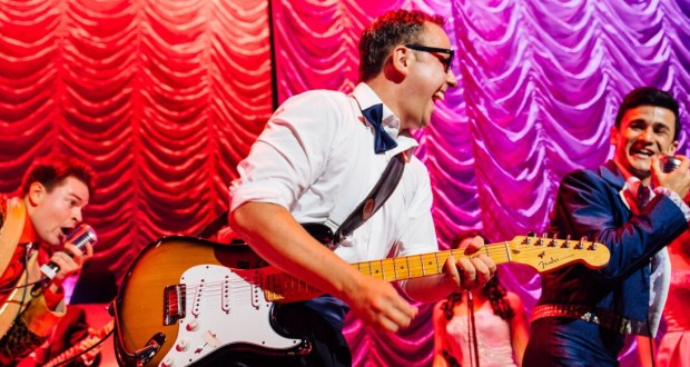 Glen Joseph as buddy holly