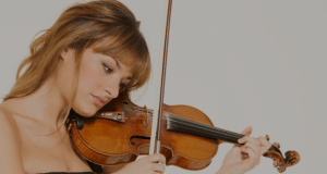 nicola benedetti with violin