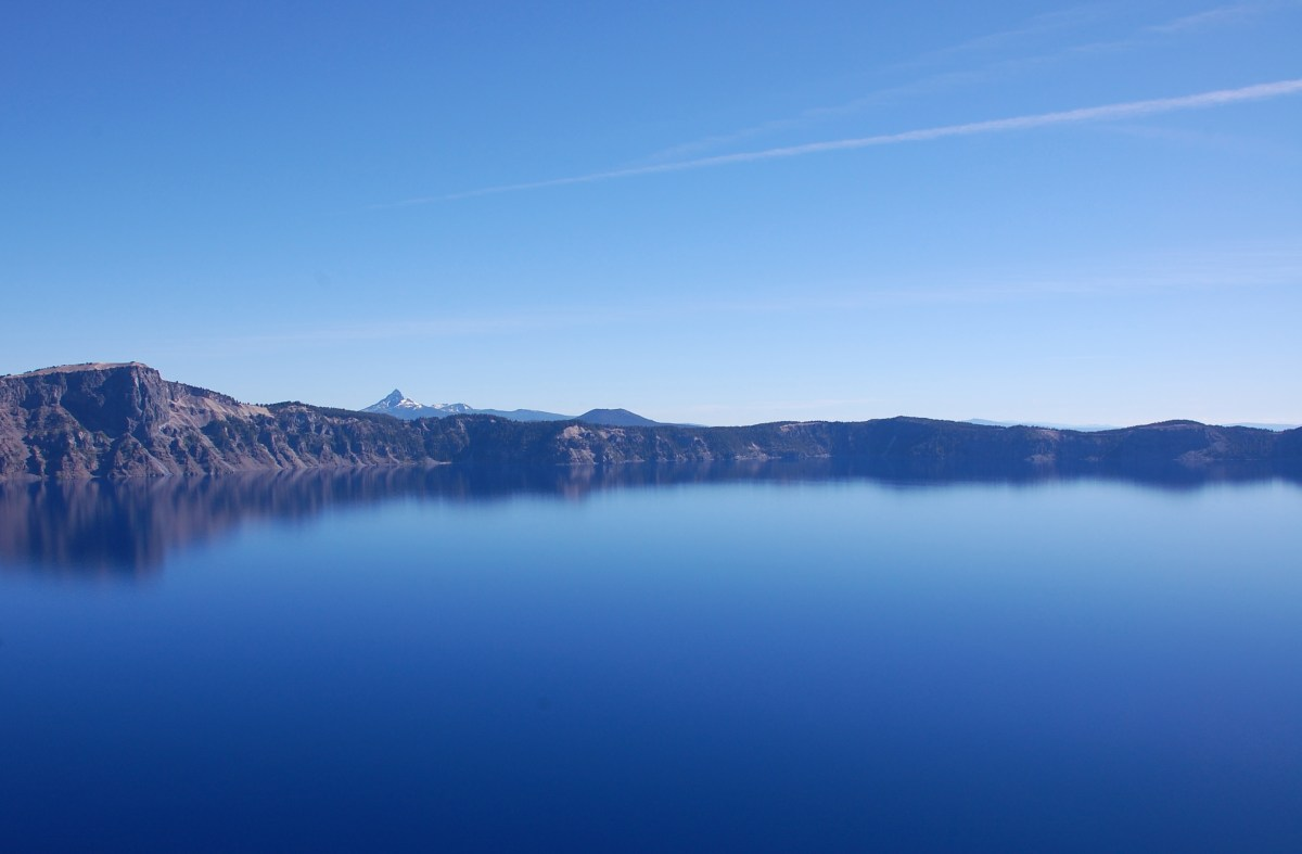 hiking at crater lake.