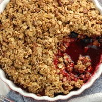 simple berry crumble.