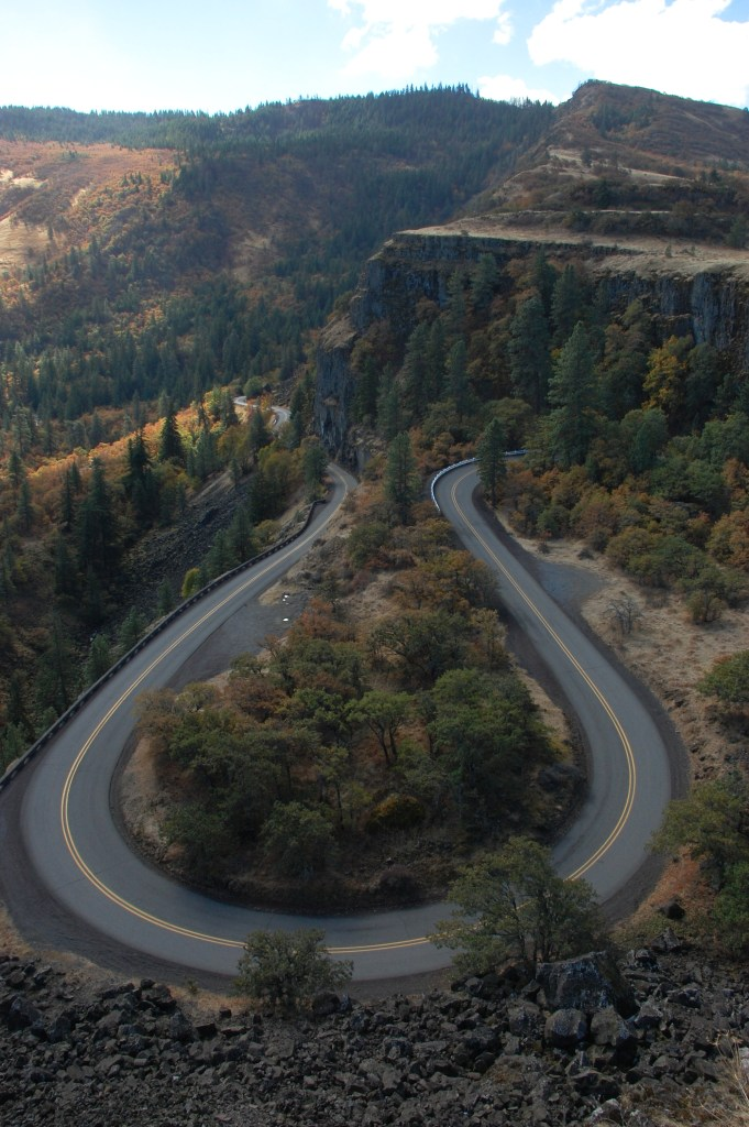 Rowena Crest Viewpoint in Oregon's Columbia River Gorge | theringers.co