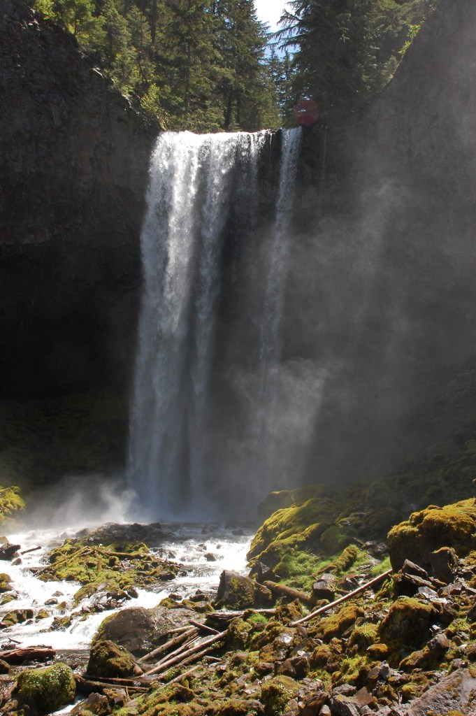 Tamanawas Falls, Mt. Hood National Forest | theringers.co