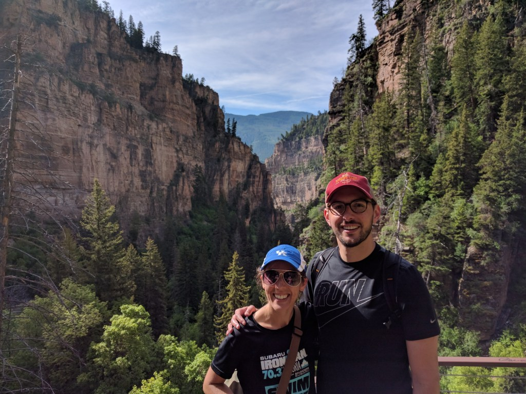 Hanging Lake Hike, CO | theringers.co