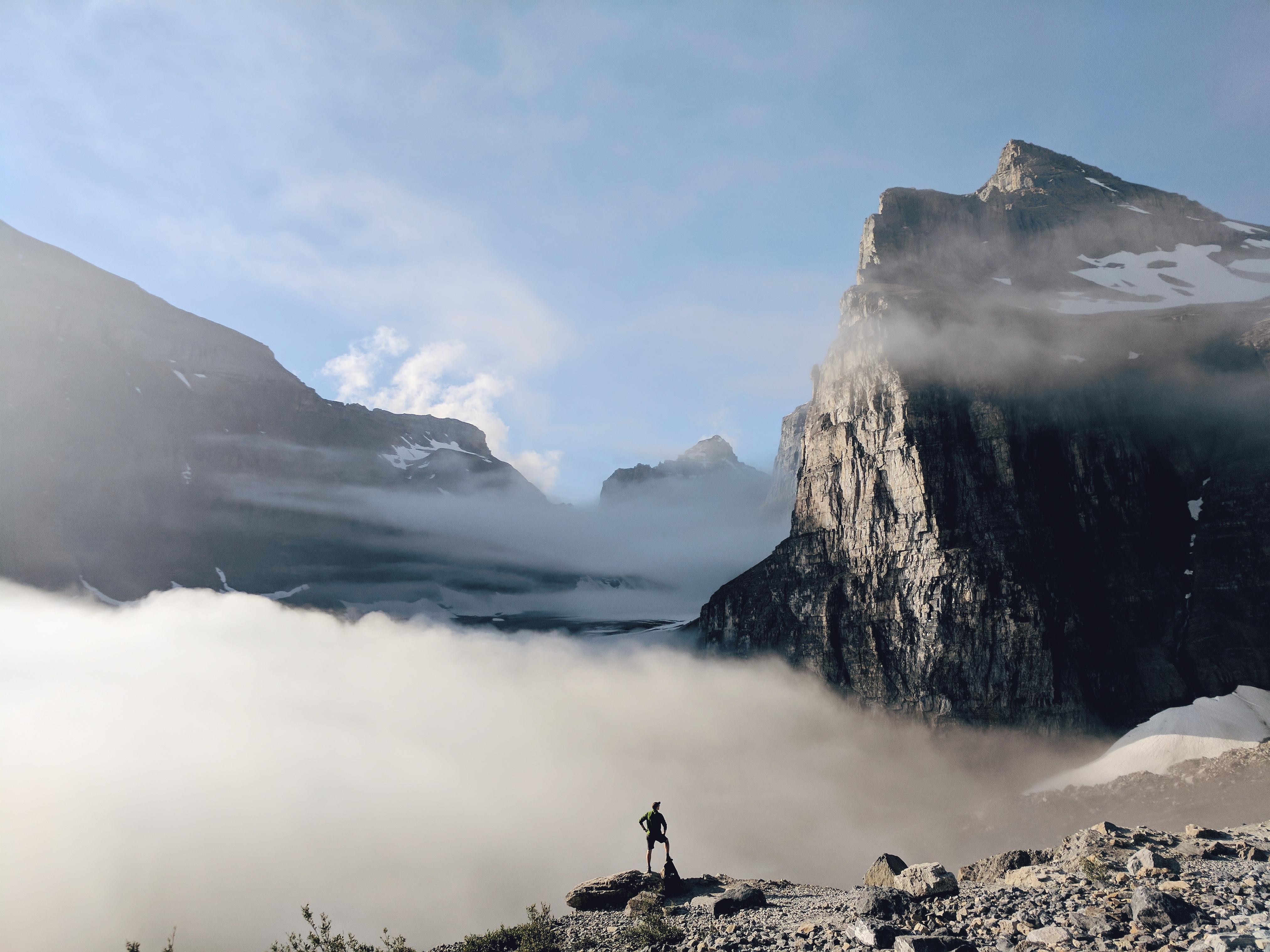 Plain of Six Glaciers Teahouse Hike | theringers.co