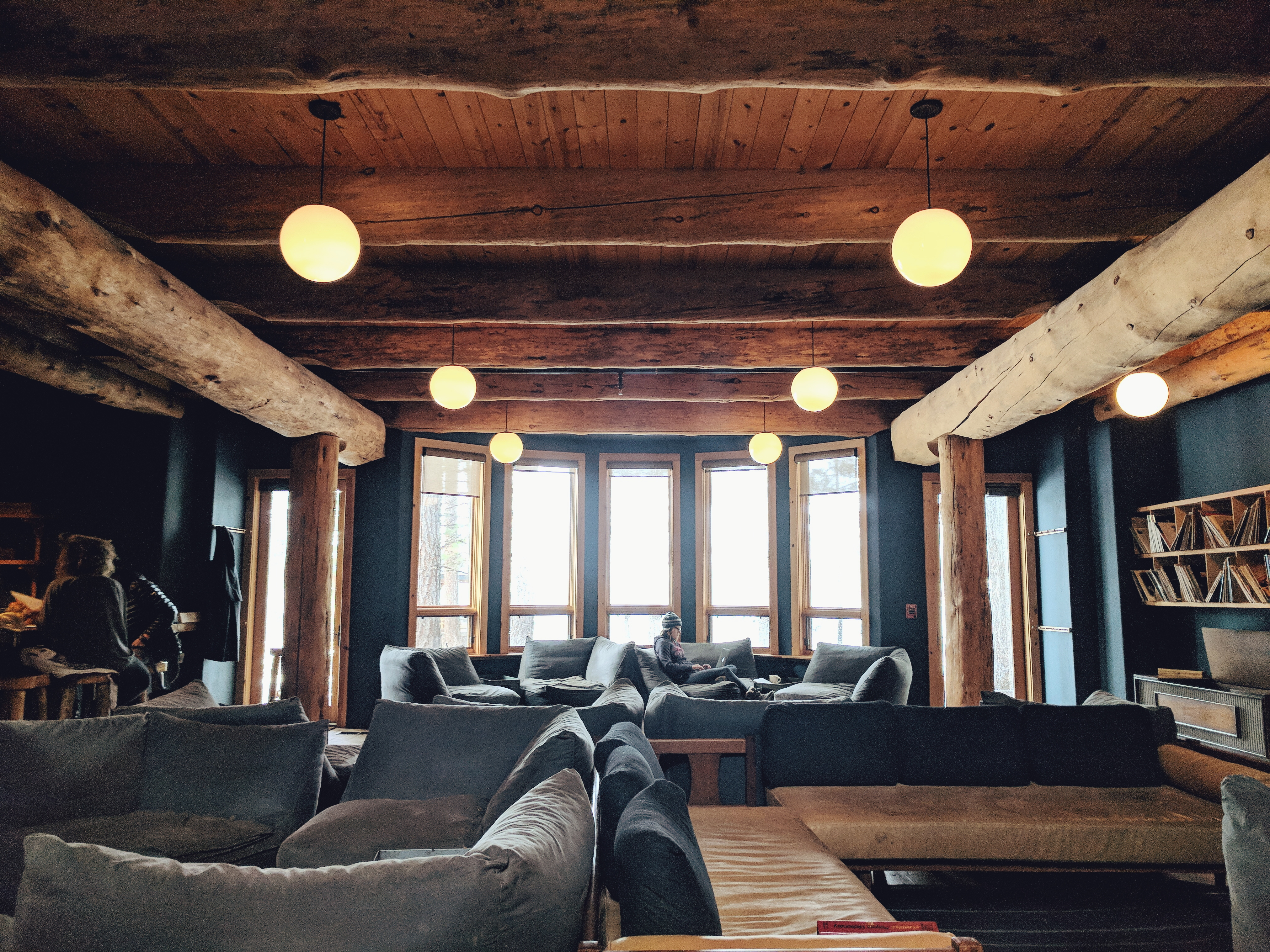 Suttle Lake Lodge, OR | theringers.co