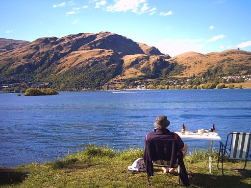 camping on Lake Wakatipu, Queenstown