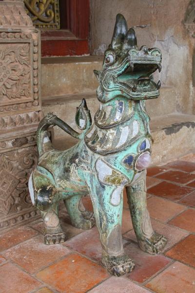 Bronze statue at Ho Phra Keo in Vientiane, Laos