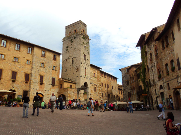 piazza in san gimignano, italy