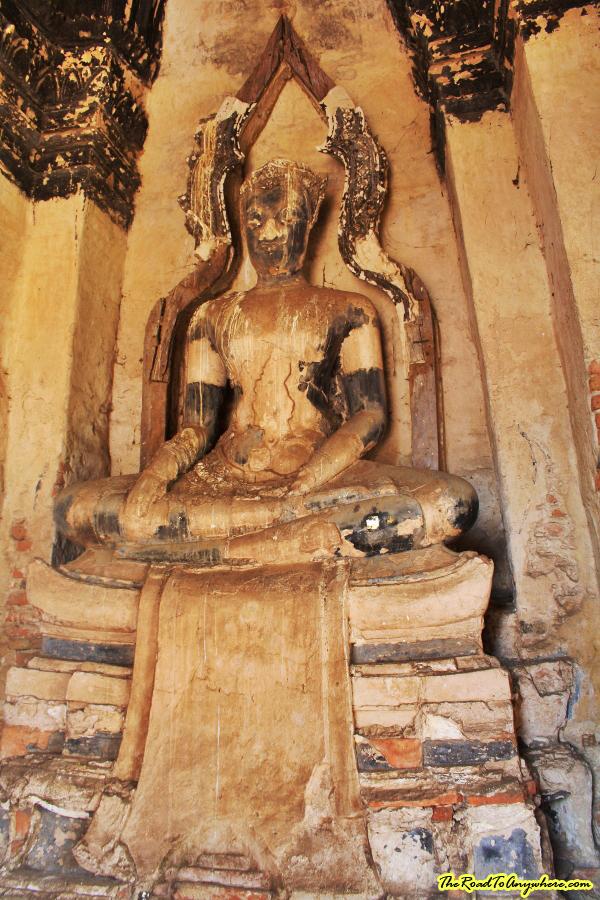 Buddha Statue at Wat Chaiwatthanaram in Ayutthaya, Thailand