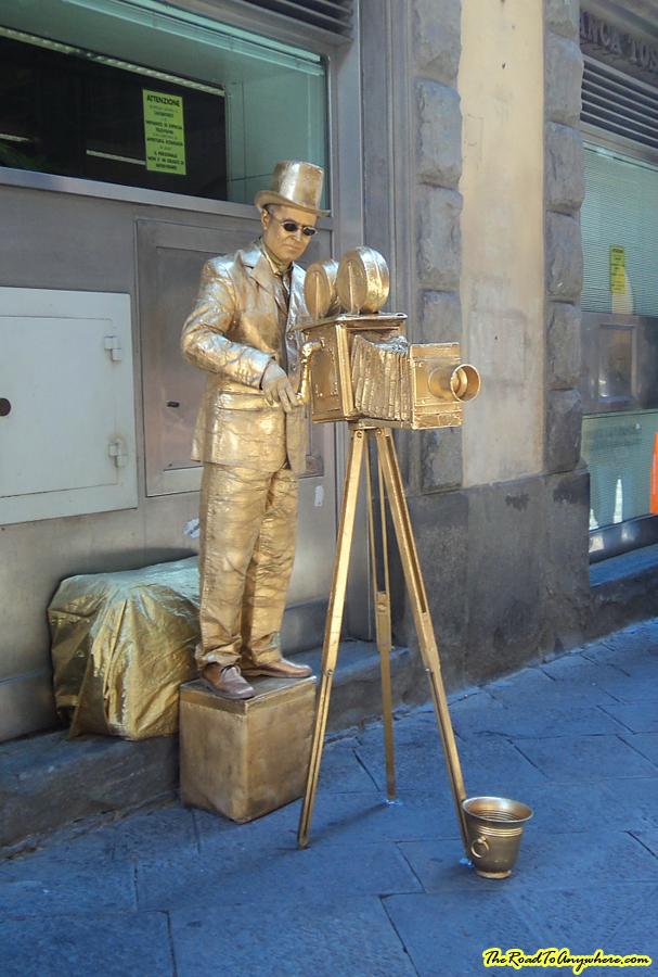 Street performer in Siena, Italy