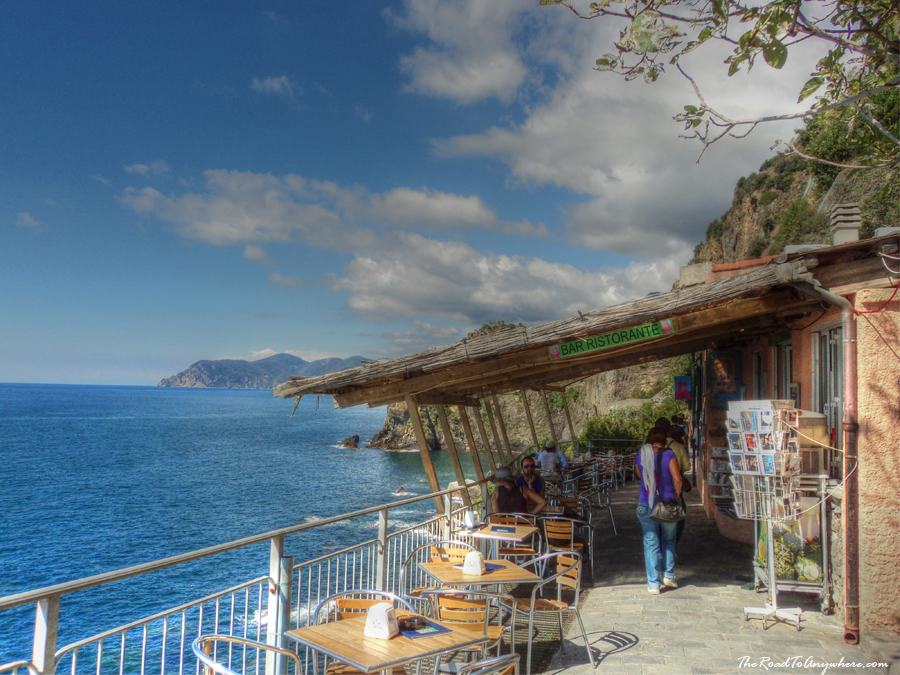Ristorante on the lovers walk, Cinque Terre, Italy