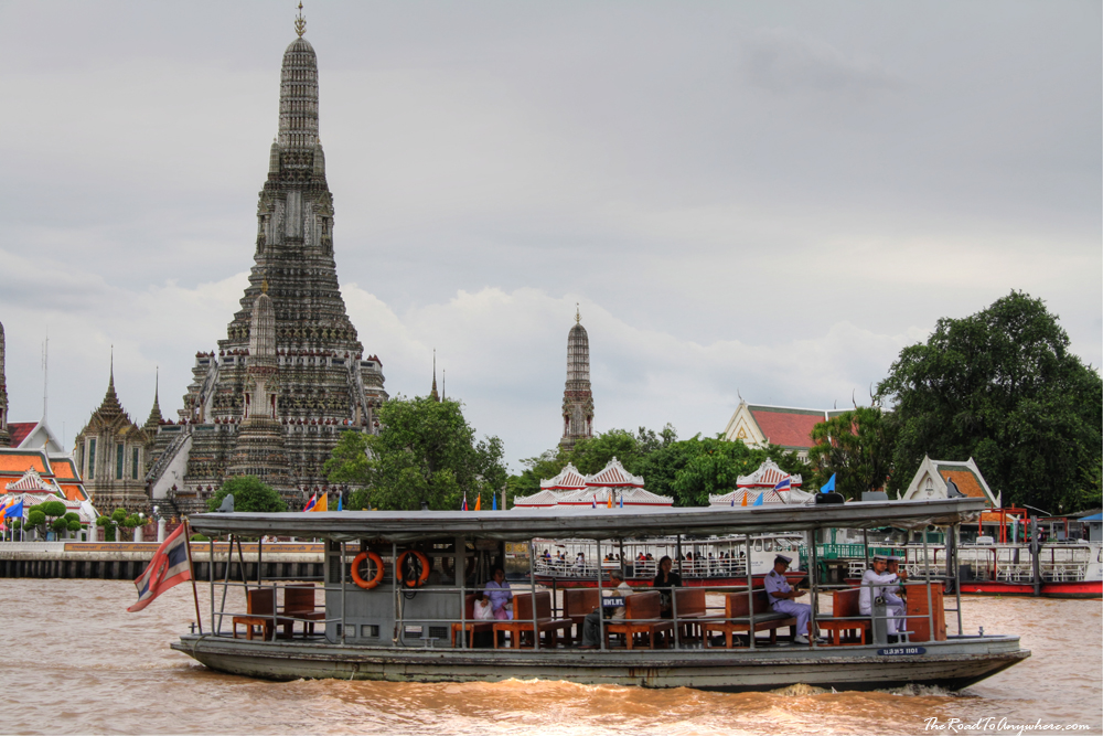 The ferry crossing the river to Wat Arun in Bangkok, Thailand