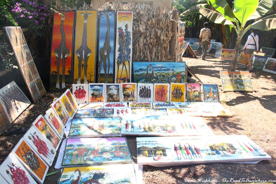 Tinga tinga painting for sale in Mto wa Mbu, Tanzania