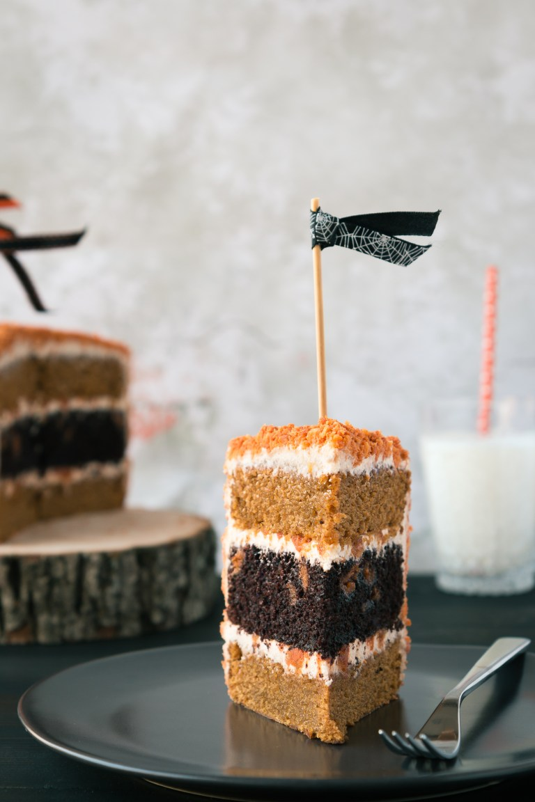 The Road to Honey's Most Popular Recipes of 2016 - Chocolate & Pumpkin Oreo Cake