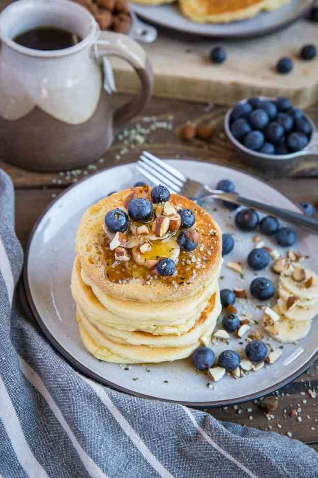 Almond Flour Pancakes - paleo, gluten free, refined sugar free, dairy free, super light, fluffy, and nutritious