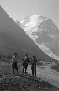 Photo courtesy the Whyte Museum of the Canadian Rockies (image V263/NA-1063)
