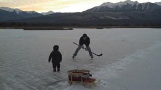 Cranberry Marsh skating Valemount (31)