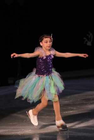 Valemount Figure Skating Carnival (23)