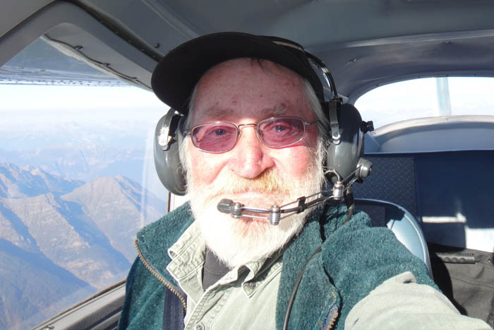 John Wheeler – Robert Frear Flying near Mt Robson 2016_web