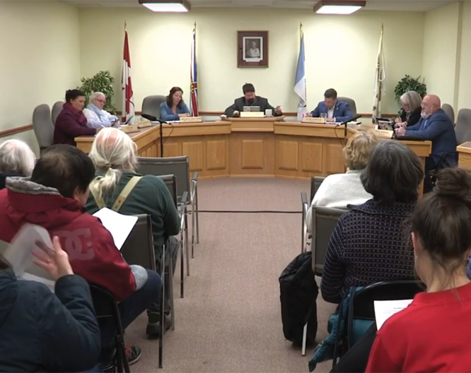Valemount Council: Utilities, trucks and remuneration