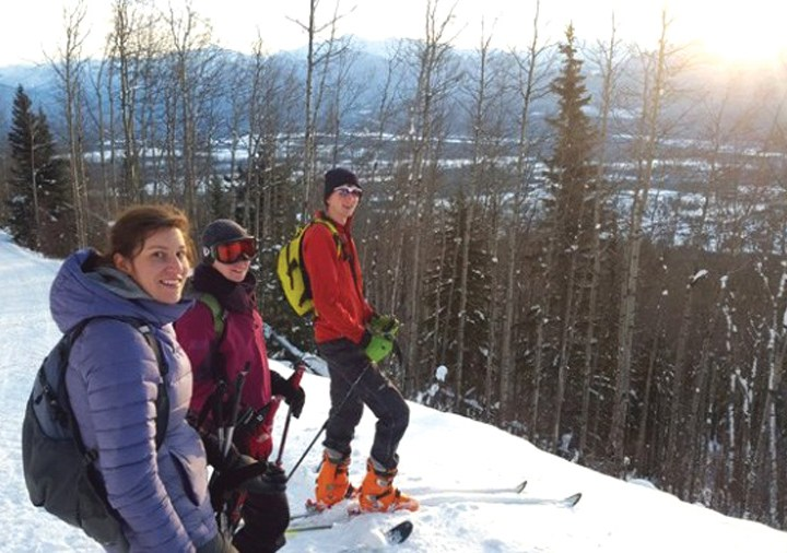 Logging shouldn't stop skiers on 5 Mile