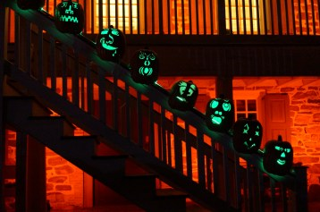 Pumpkin-Lined House