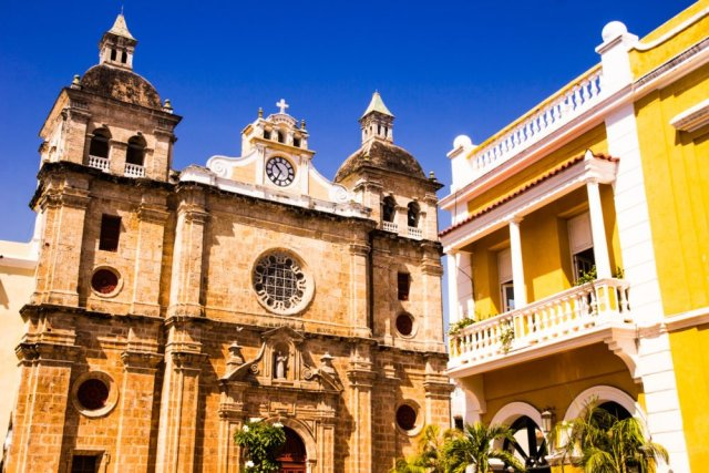 Cartagena Colombia travel tips: The old and the relatively new in Cartagena