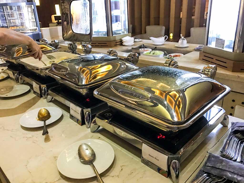 premier lounge jakarta - buffet