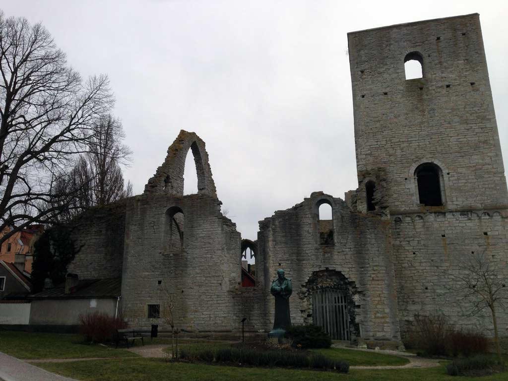 things to do in visby - church ruins