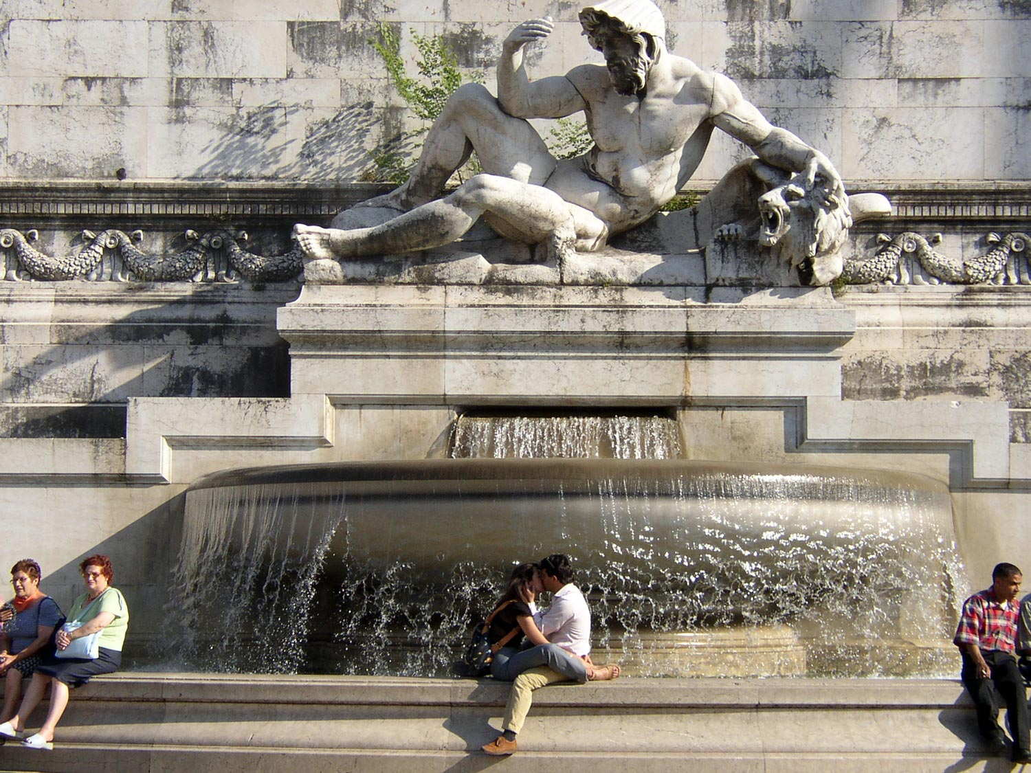Best Kept Secrets of Rome - kiss