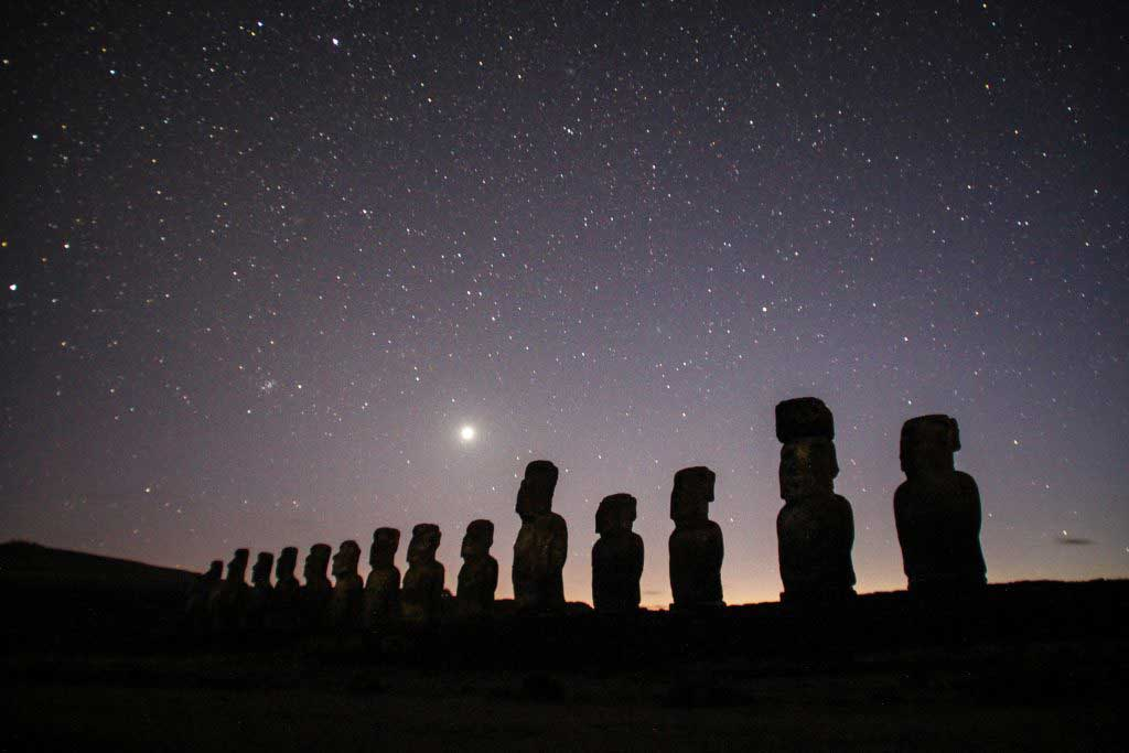 unusual things to do on easter island star gazing
