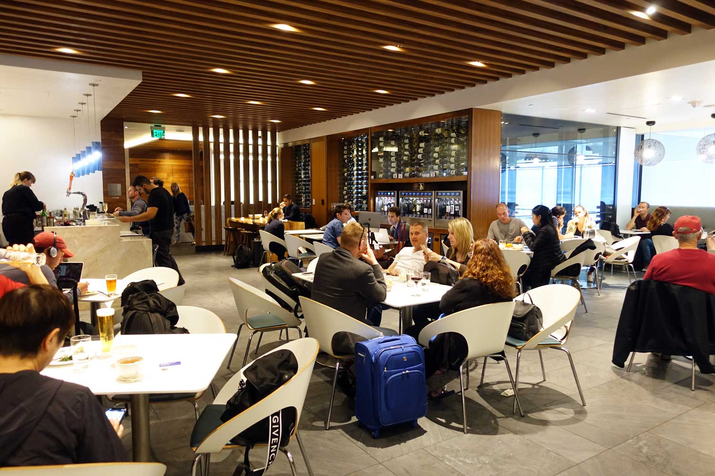 Centurion Lounge SFO main lounge