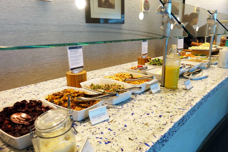 Delta Sky Club in Seattle food