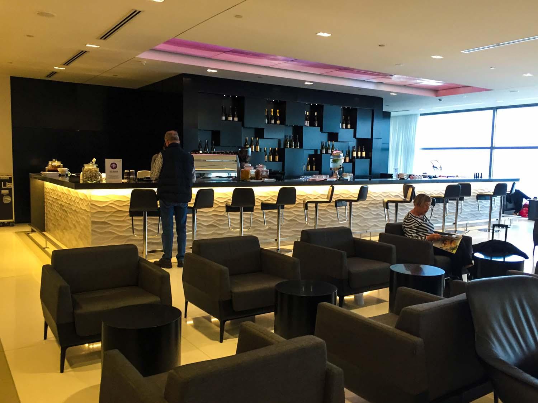 Air New Zealand International Lounge Auckland - bar