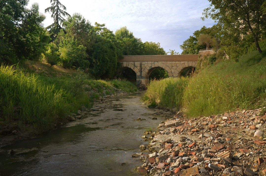 "Roman bridge over the Rubicon river, Sav"" (CC BY-SA 2.0) by Following Hadrian"
