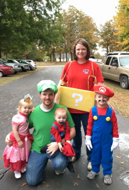 mario-brothers-family-costume