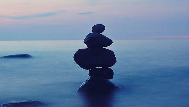 balance-1571954_1280