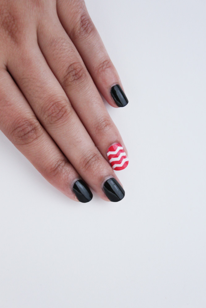 chevron-nail-finished