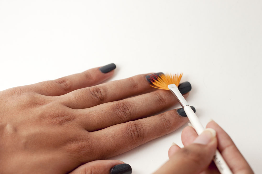 Fan Brush Nails - thesassylife