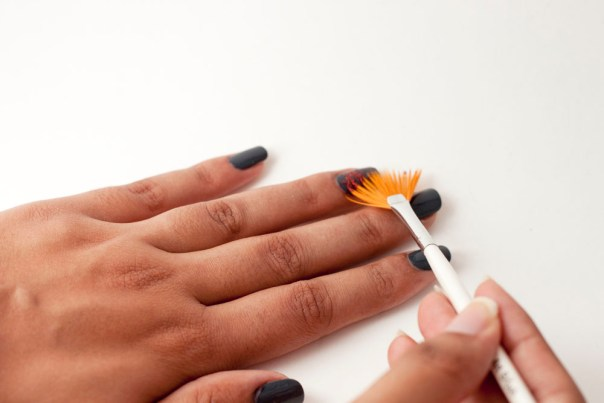 Fan Brush Nails at thesassylife
