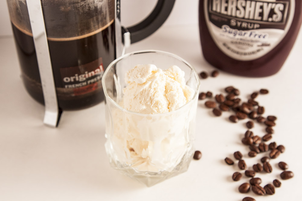 Vanilla Affogato with Chocolate Syrup