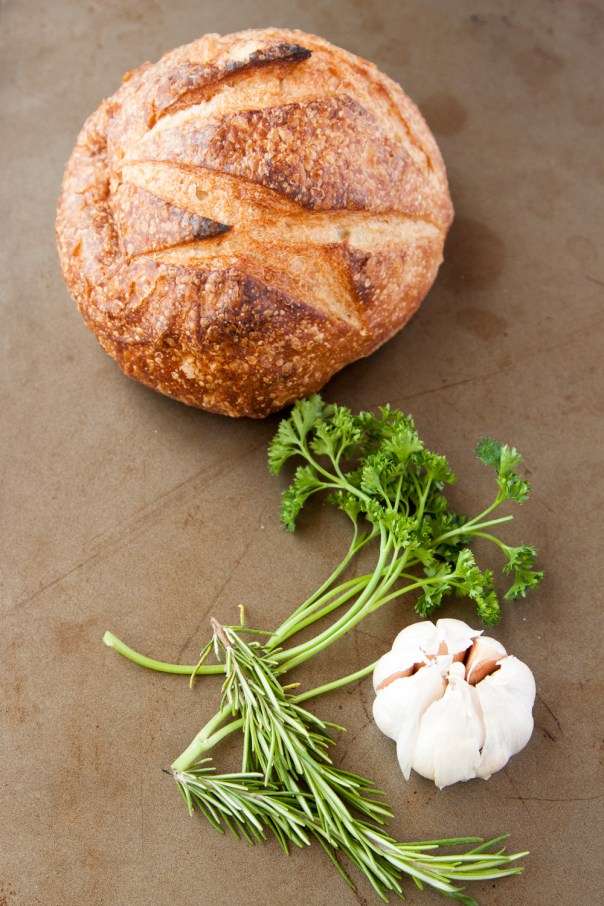 Garlic and Cheese Pull-Apart Bread