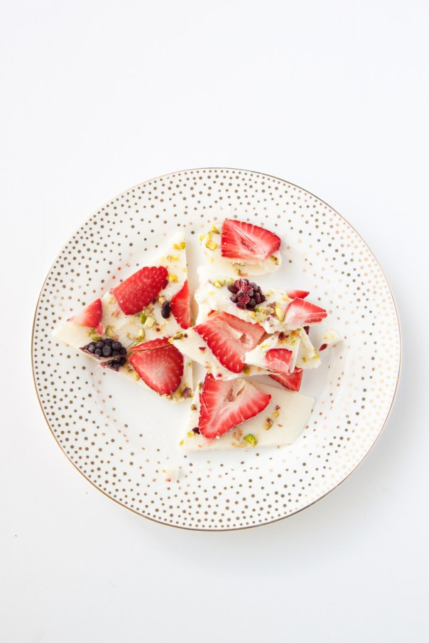 strawberry-blackberry-pistachio-yogurt-bark-web-5-web