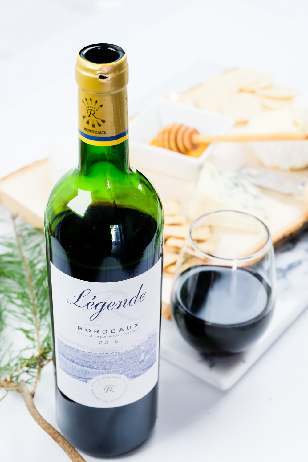 The Easy Way To Build The Perfect Cheeseboard // Legende Wines