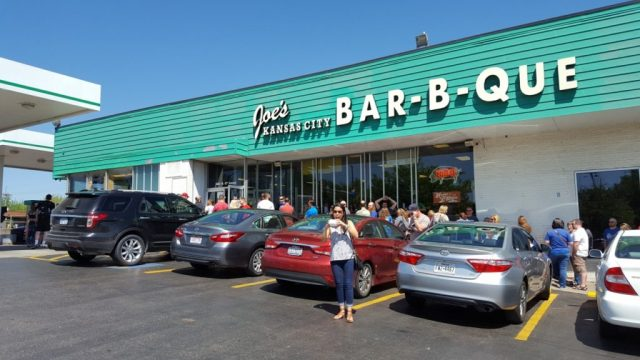 joes-kc-bbq-what-to-eat-in kansas city