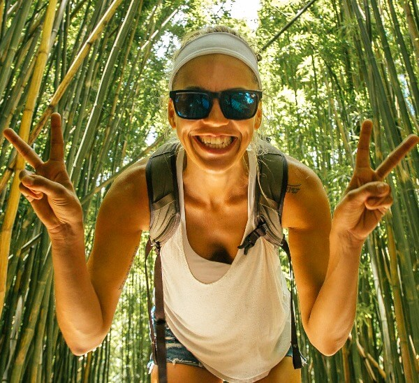 I'm Jess Traveling Blog Bio