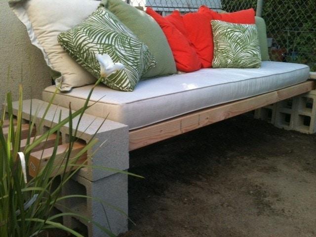 diy cinder block bench - Garden Furniture Diy Ideas
